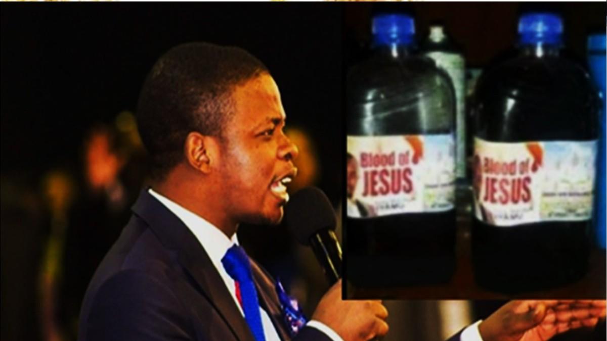 """CE PASTEUR VEND """"LE SANG DE JESUS"""" A 2.000$ /0,5 litres ET 3.250$ /0,75 litres."""